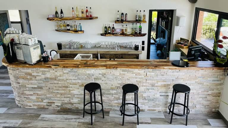 The bar of the residence
