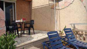 Studio terrasse et transats
